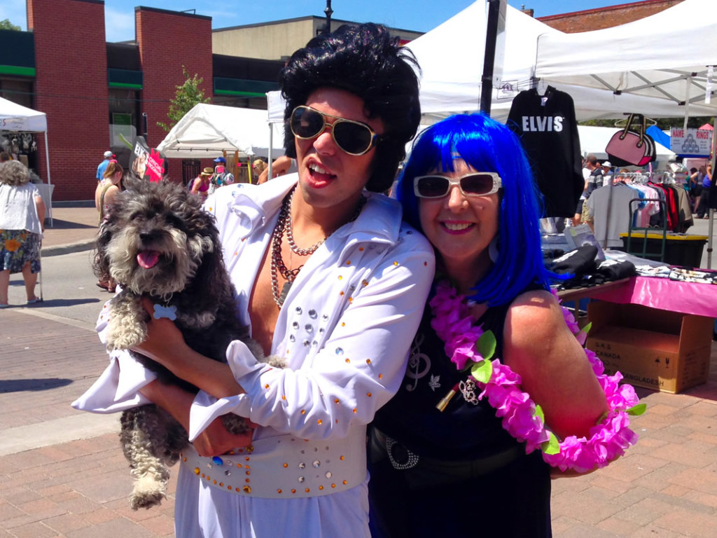 Willie meets an impersonator at the Elvis Festival in Collingwood Canada