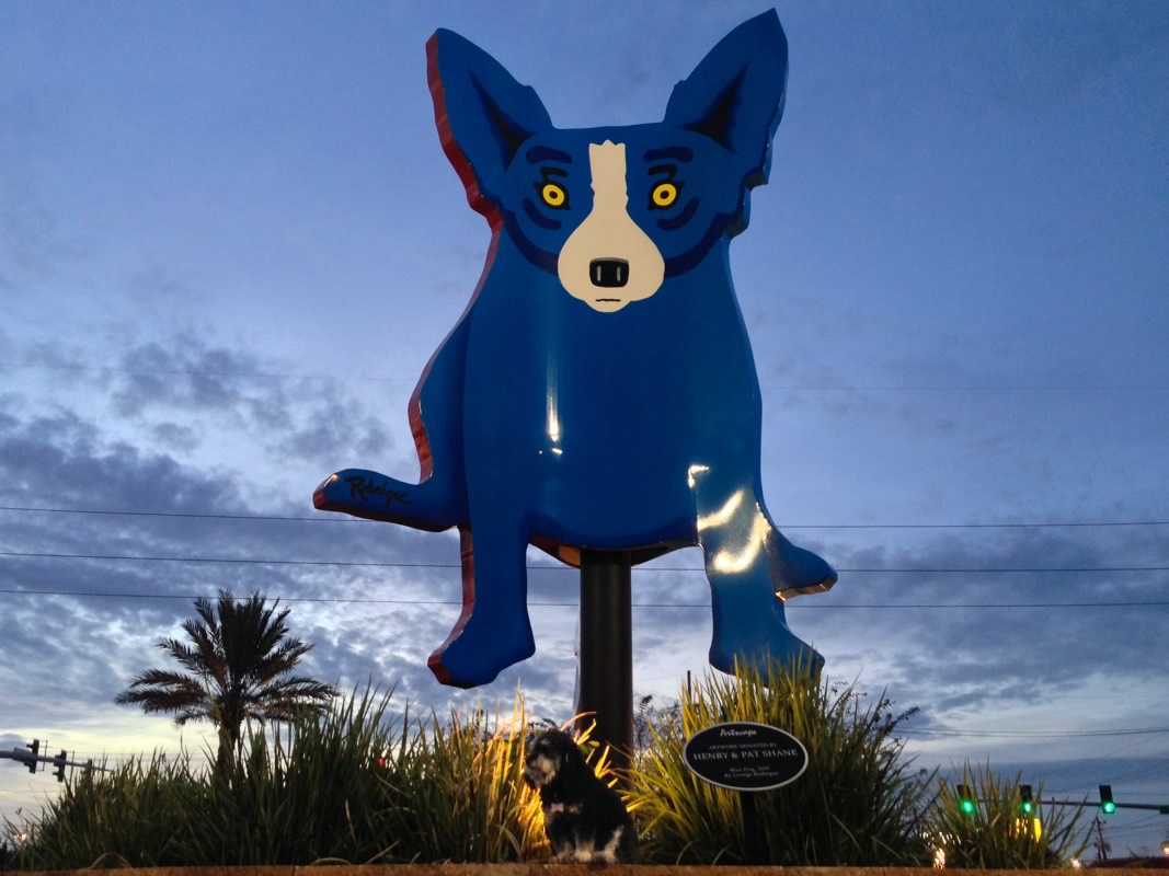 Willie in front of the Blue Dog in New Orleans
