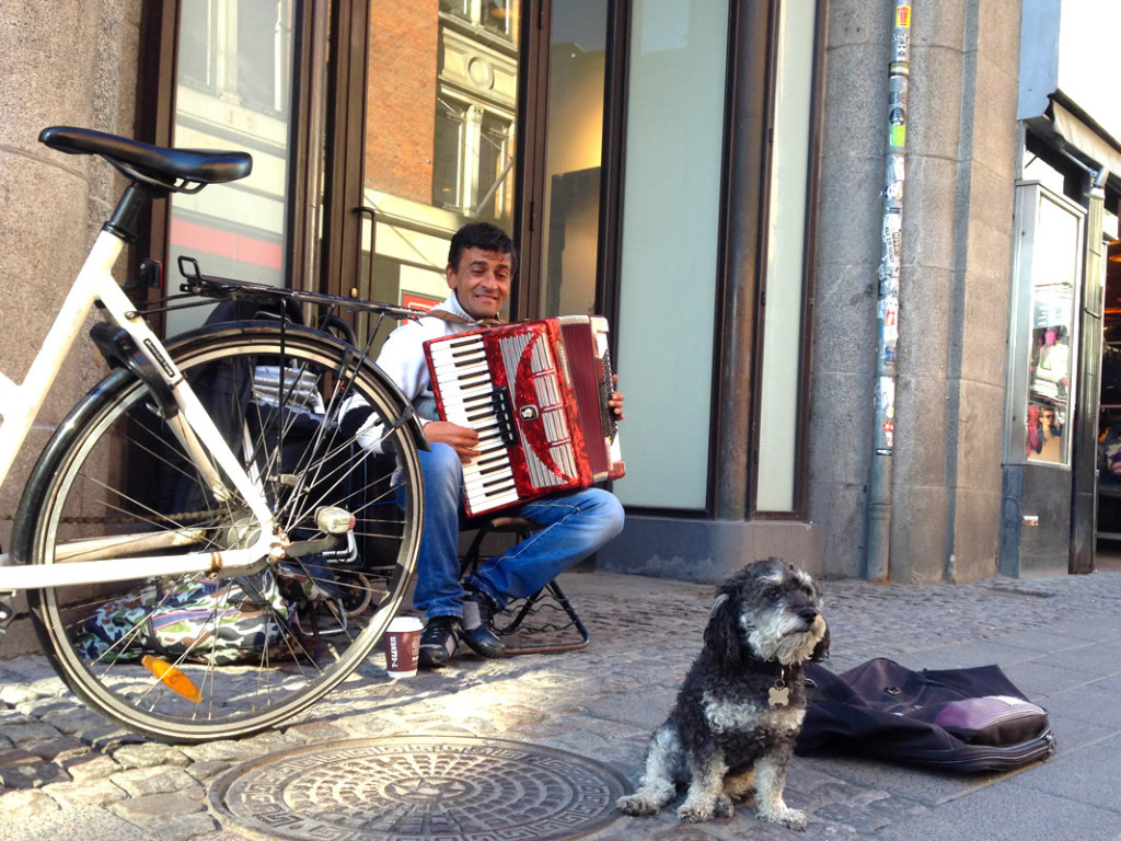 Willie with a street musician in Copenhagen Denmark