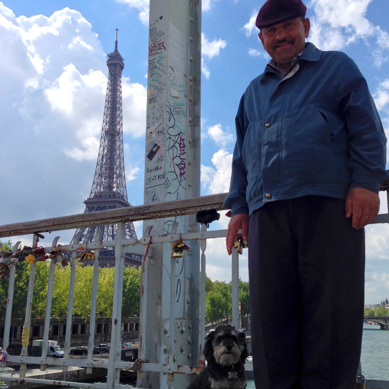 Willie and the love lock vendor in Paris France